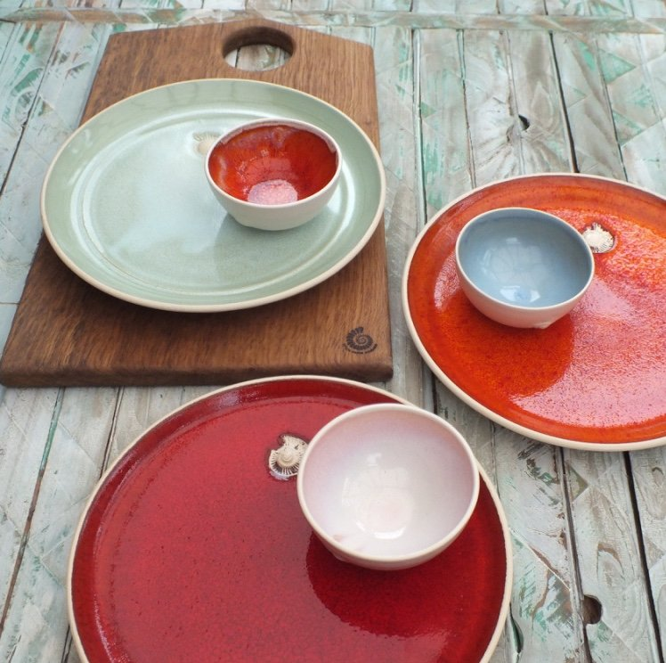 Mixing up the glaze colours