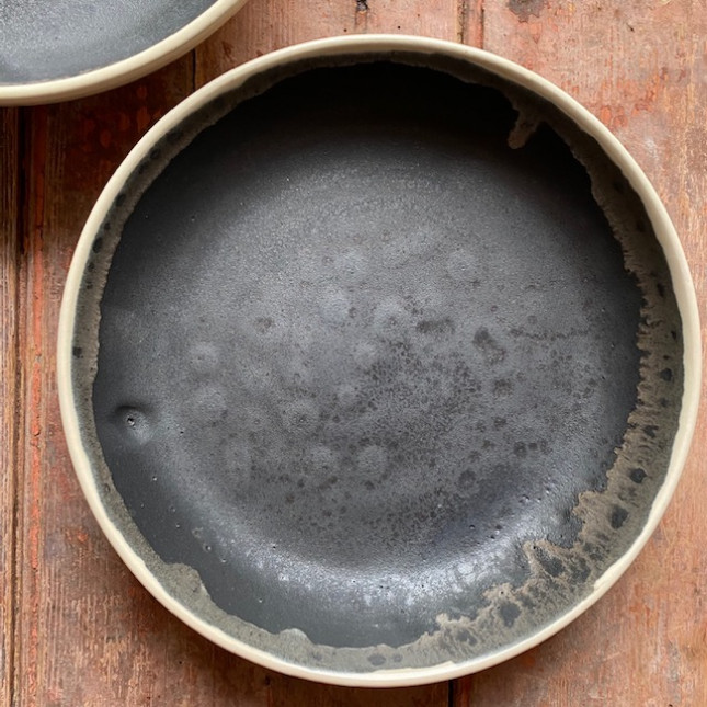 Set of Two Bowls in Volcanic Black and Cream Glaze