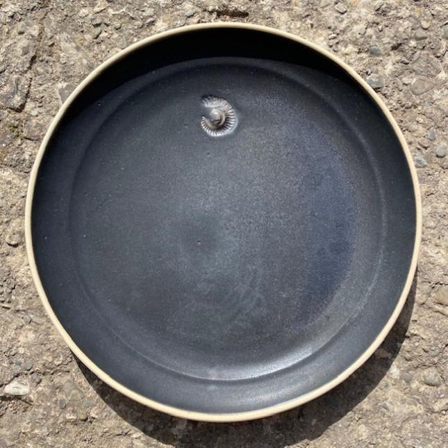 Large Black Plate